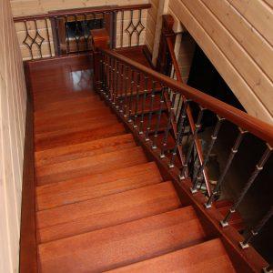 Бенилюкс, лестница 7