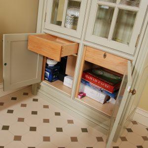 Стольный, шкаф 7