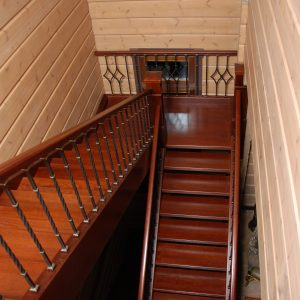 Бенилюкс, лестница 6